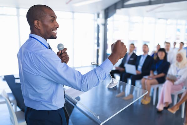 Are You Sales Leadership Material? [QUIZ]