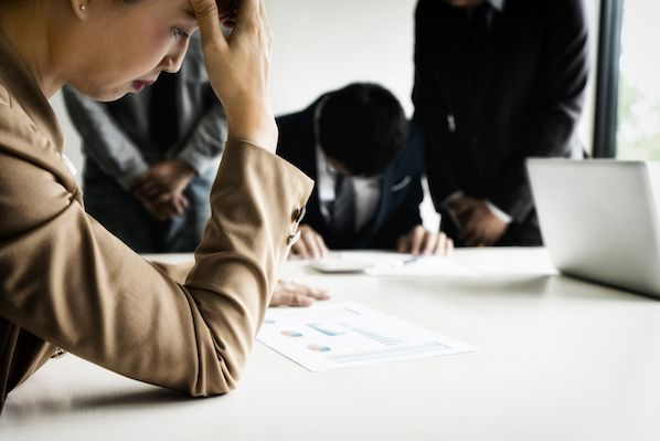 Salespeople, Are You Apologizing Too Much?