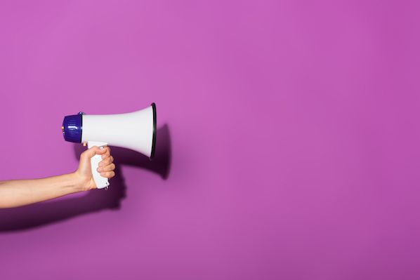 4 Sales Email Templates to Get and Keep Buyers' Attention