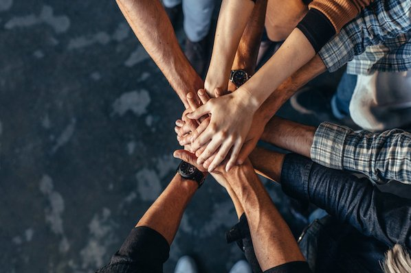12 Crucial Strategies for Promoting Team Collaboration