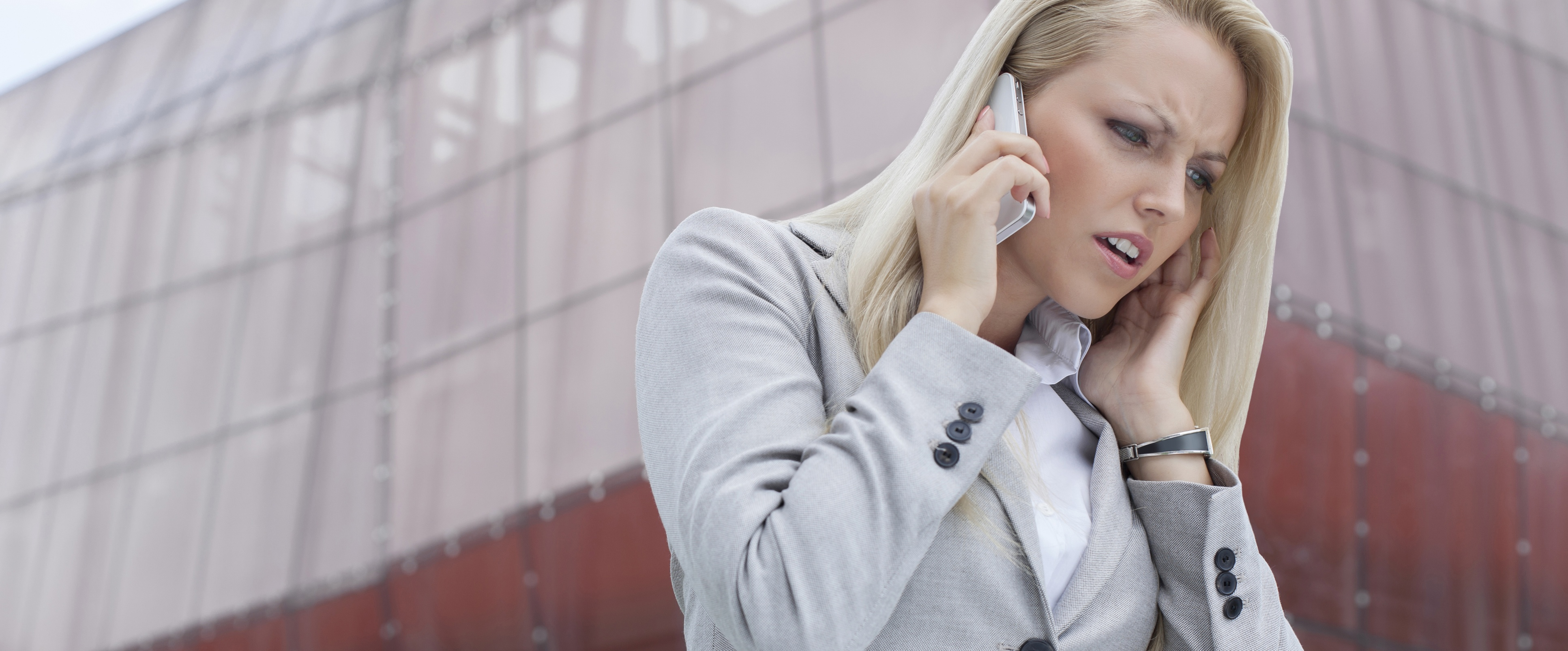 4 Ways You're Closing Your Sales Calls Wrong