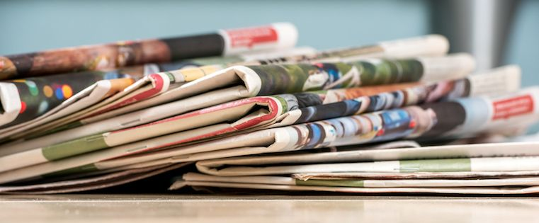 How to Write Catchy Headlines and Blog Titles Your Readers Can't Resist