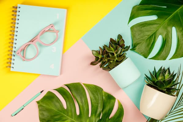 23 Client Gifts That Keep Your Company