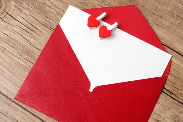 How to Write Thank You Letters to Your Customers to Show Them You Care (With Examples)