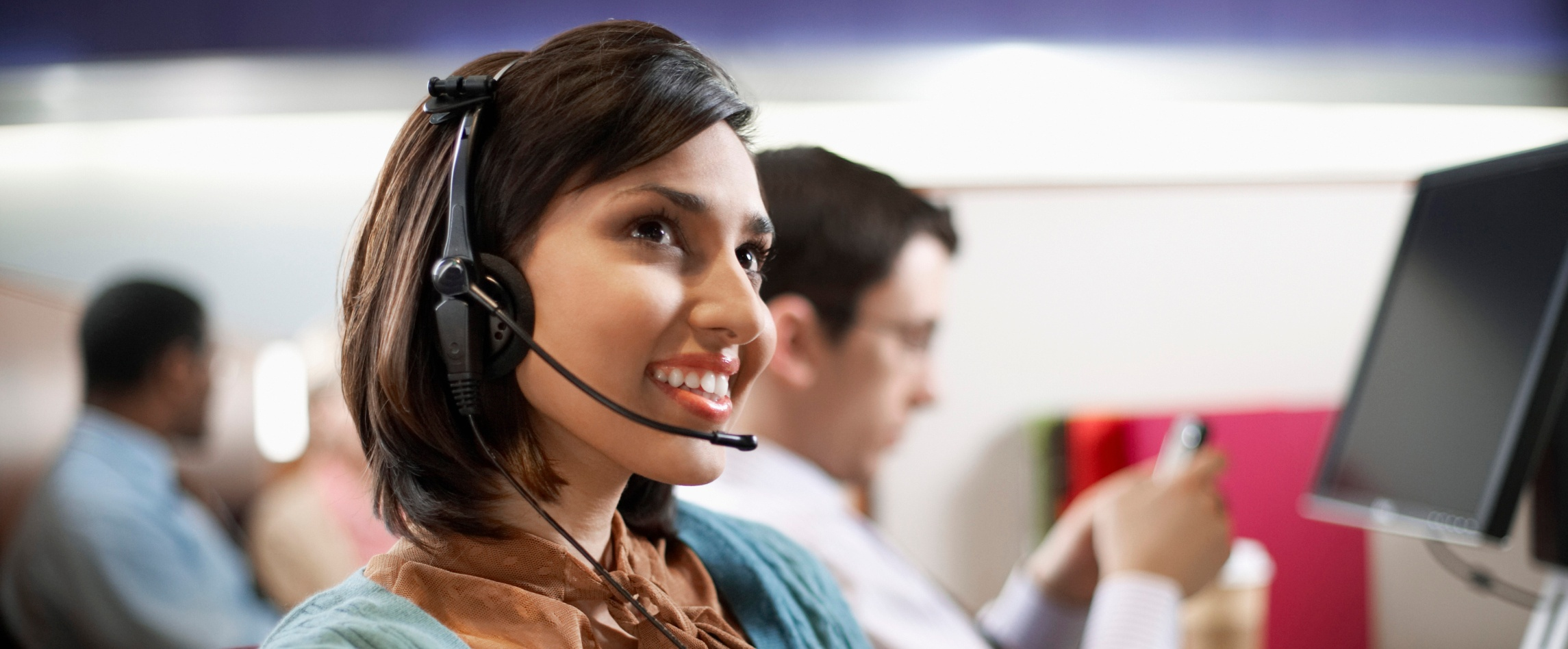 20 Critical Customer Service Skills All Sales Reps Should Master [Infographic]