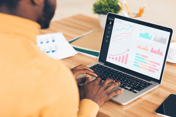 Marketer visualizes data for upcoming presentation to key stakeholders