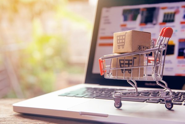 How Ecommerce Businesses Build Healthy Relationships With Customers