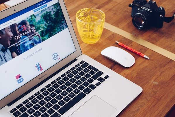 HubSpot's Guide to Facebook Ad Sizes (With Examples)