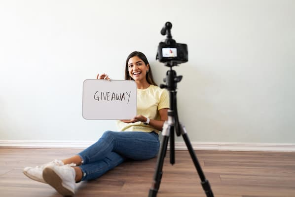 How to Run a Facebook Giveaway: A 6-Step Guide