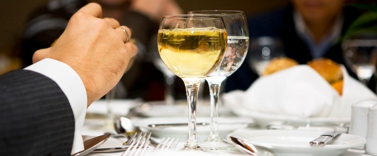Business Etiquette 101: The Ultimate Guide to Surviving Your Next Business Dinner