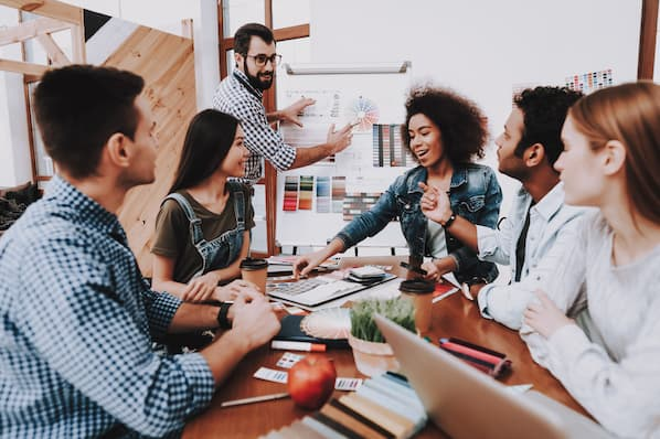 The Ultimate Guide to Hiring a PR Agency in 2020