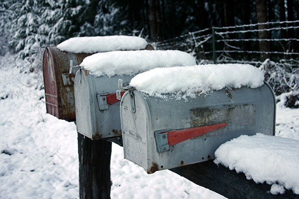 Experts Share Their Top 8 Holiday Email Marketing Tips for 2017
