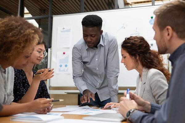 How HubSpot Service Teams Use Customer Intelligence