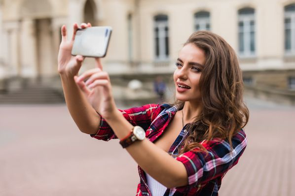 How to Make an Instagram Story Like a Pro