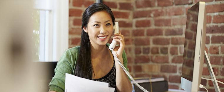 How to Talk to Customers: When a Phone Call Is Better Than an Email