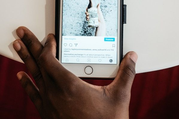 How to Write Good Instagram Captions: 8 Bookmarkable Tips for Perfecting Your Copy