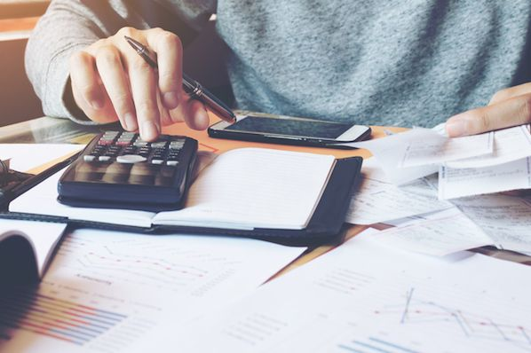 Leverage Ratio: What It Means and How to Calculate It