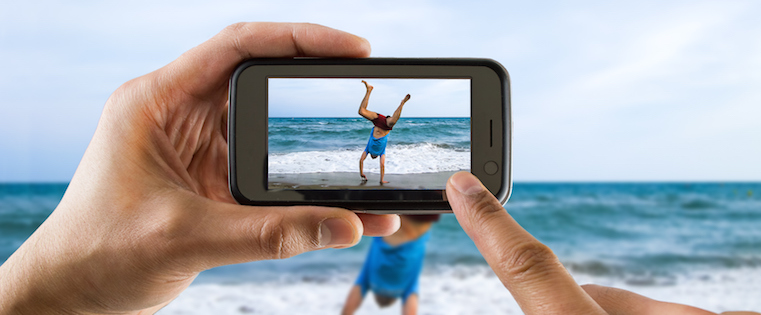 Which Live Streaming App Should You Use? Inside the Best Features of Periscope, Meerkat & More