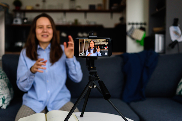 How to Use Live Video Streaming to Support Customers