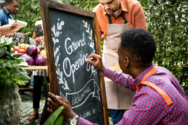 How to Market Your Local Business' Grand Opening