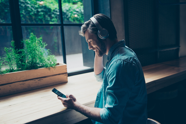 The Anatomy of a Perfect Podcast Episode, According to HubSpot's Podcast Expert