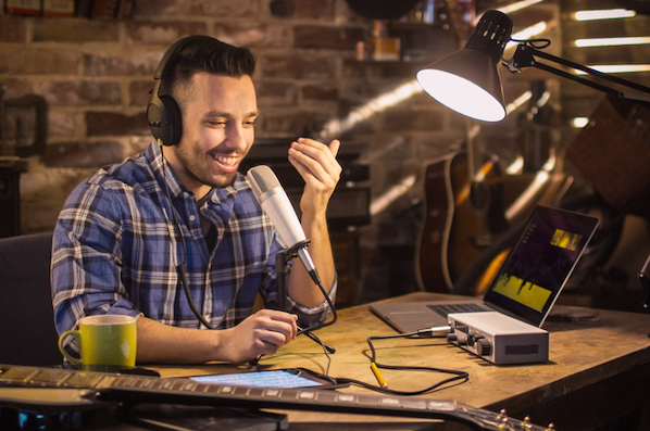 The Ultimate Guide to Podcast Audio, According to HubSpot's Podcast Expert