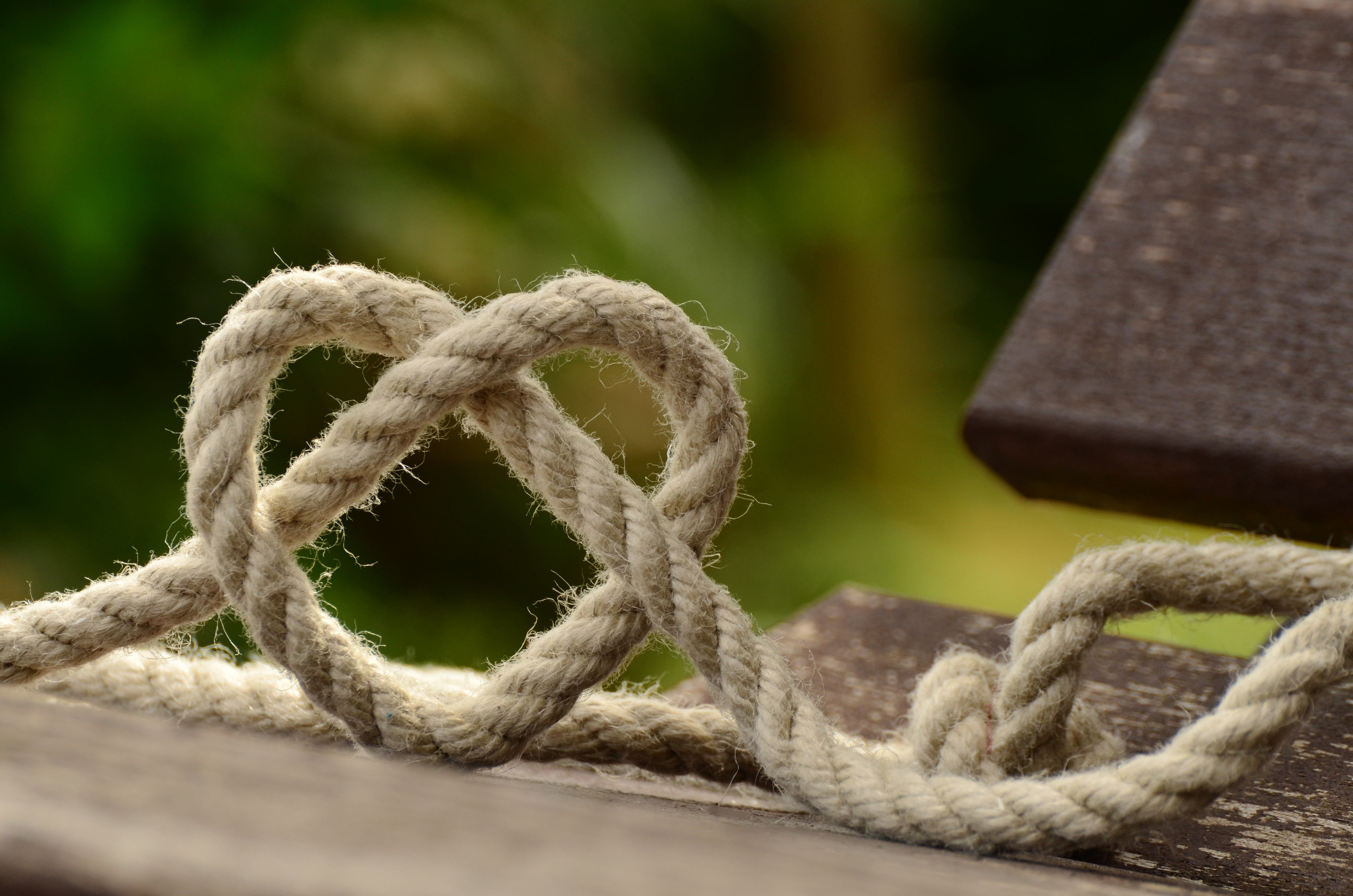 rope-knitting-heart-love-113737.jpg