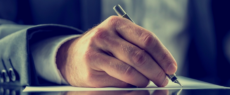 12 Clever Ways to Use Your Email Signature to Support Your Marketing Campaigns