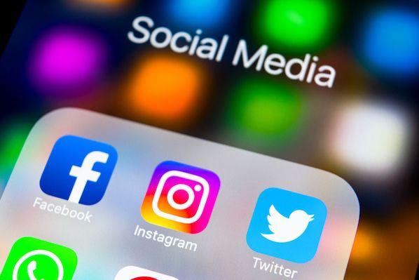 8 Ways to Use Social Media Customer Feedback