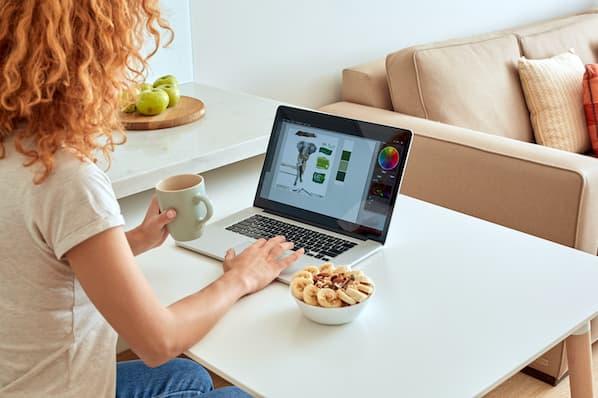 marketer plans out social media design
