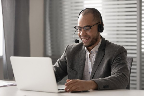 sales rep testing ways to start a sales call