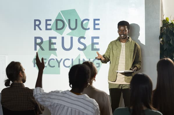 Sustainable Marketing: Key Principles & How to Leverage It [+Examples]