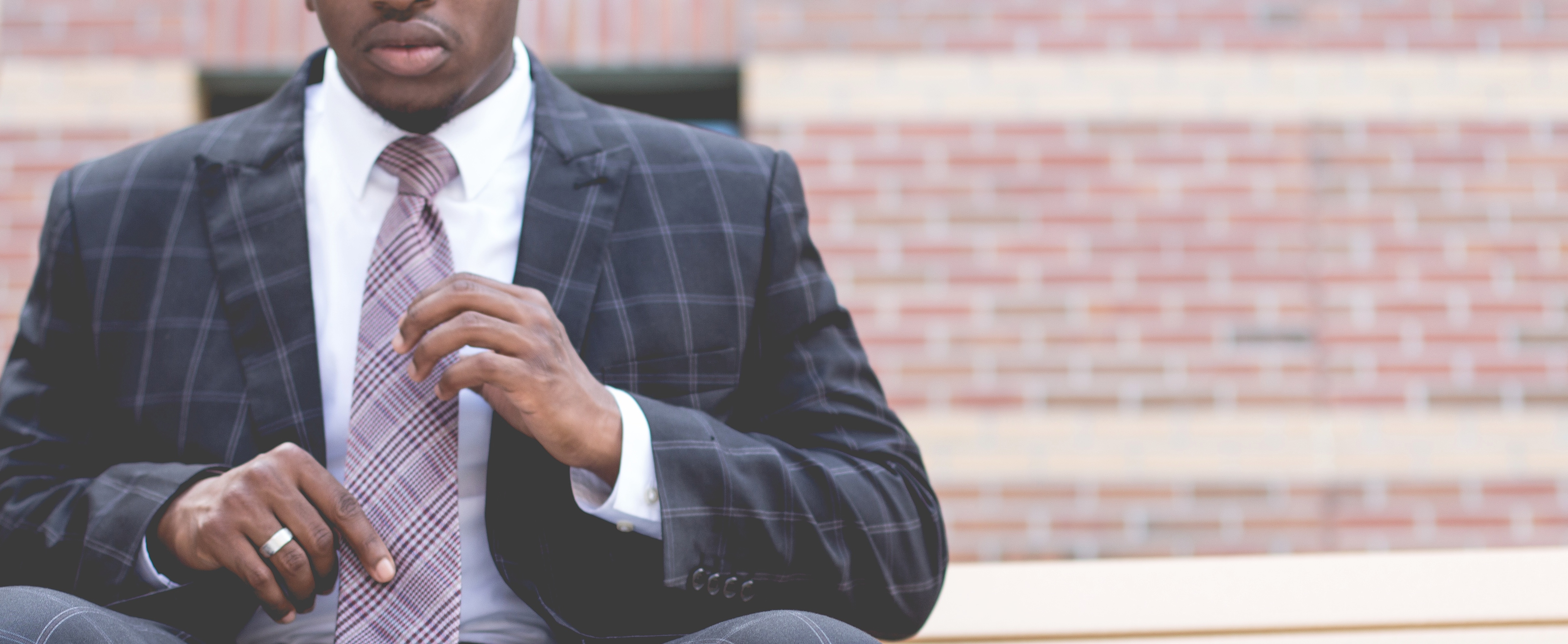10 Reasons Top Salespeople Join, Stay, and Leave Your Company