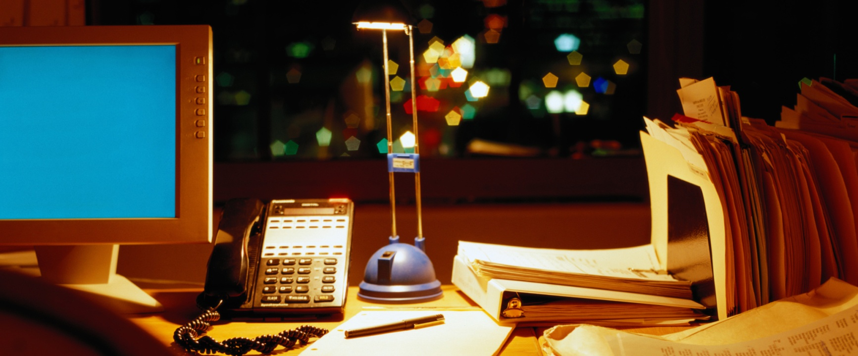 21 Tips to Stay Productive When You're Working at Night